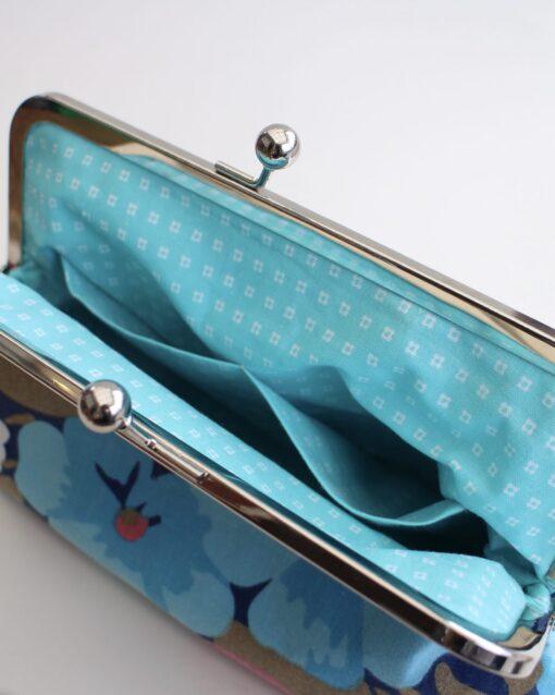 Necessär Sminkväska Clutch Portmonnä Väska Återbruk Retro Retrotyg Vintage Vintagetyg Blommor