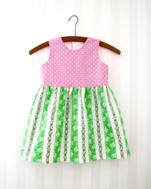 Klänning Retro Barnklänning Återbruk Miljövänligt Retrotyg Vintage Vintagetyg