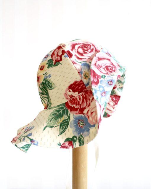 Solhatt Retro retrotyg Blommig Vintage Vintagetyg Återbruk Miljövänligt Eko Återanvändning Rosor