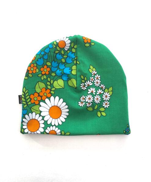 Mössa Vuxenmössa Återbruk Miljövänlig Vintagetyg Retrotyg Retro Vintage Miljötänk Klimatsmart Flower Power Blommig